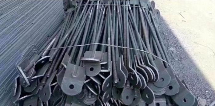 河北傲强厂家直销地脚螺栓,拉条。钢结构螺栓,焊钉,预埋钢板,.....